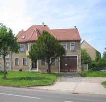 BUTTSTÄDT Teilsanierter Vierseitenhof mit Mehrfamilienhaus