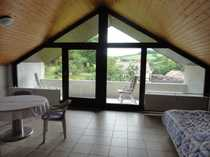 Geräumige, helle Dachwohnung