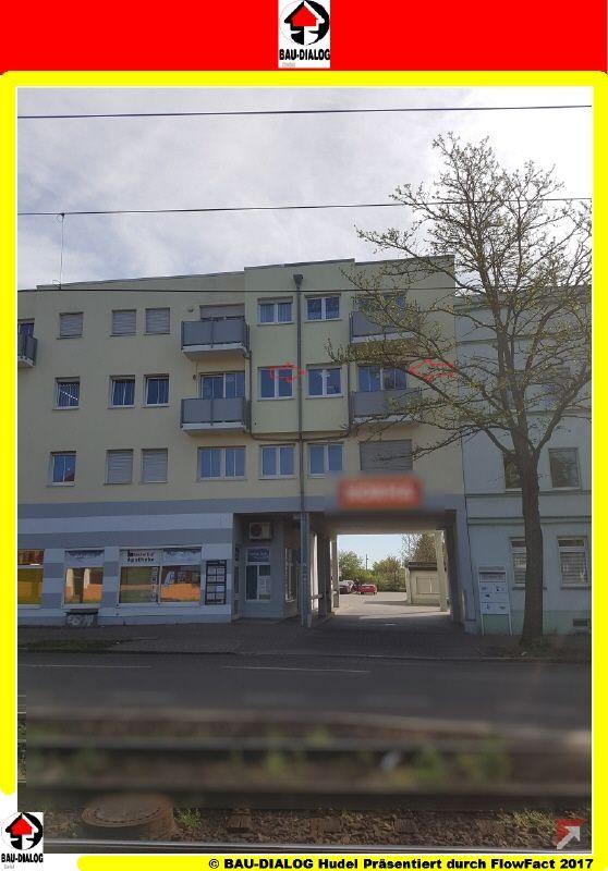 1380_Straßenfront