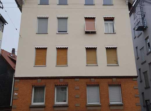 renovierter Altbau, 2-Zimmer-DG-Wohnung in Stuttgart Bad Cannstatt Veielbrunnen