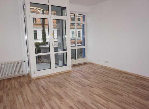 1-Raum Wohnung mit Küche, Balkon und TG-Stellplatz