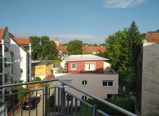 Helle neuwertige Wohnung zum 1.7. verfügbar in Augsburg, Innenstadt