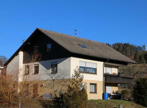 Wohnhaus mit 3 Wohnungen in exponierter sonniger Wohnlage in Glatten
