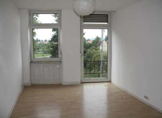 Freundliche 3-Zimmer-Küche-Wohnung mit Balkon in Mannheim