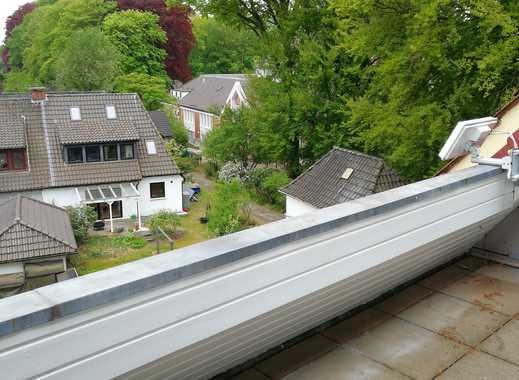 Helle 2 Zi. im Dachgeschoss mit Duschbad und Balkon