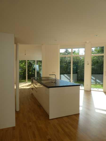 Schöne, ruhige Galerie-Wohnung mit Garten in Markt Indersdorf