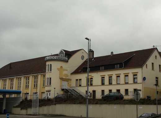 Schöne 2 Zimmer Wohnung in Landsweiler zu vermieten