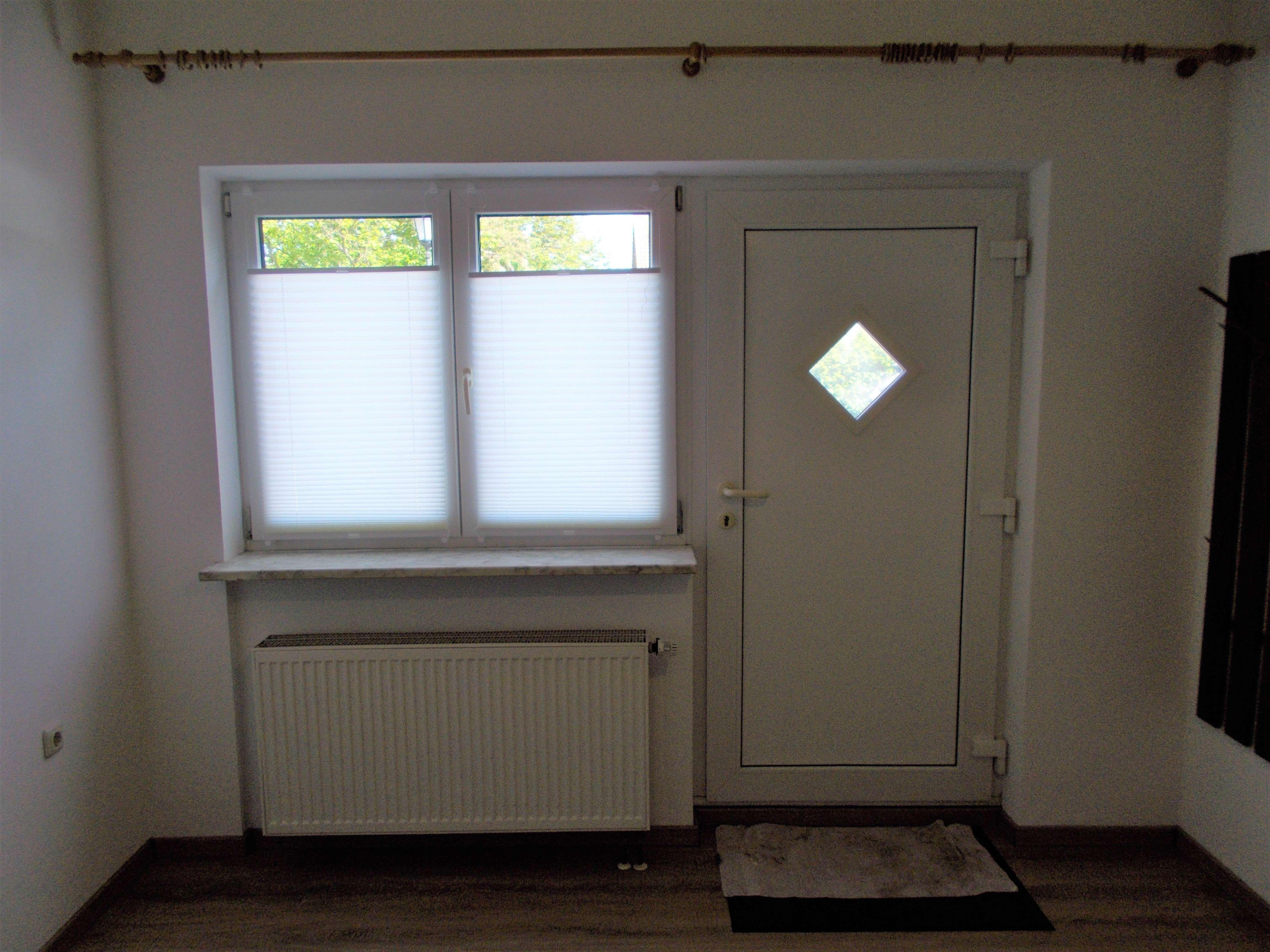 Für Wochenendheimfahrer (m/w), renovierte 1-Zimmer-Wohnung mit Einbauküche in Haar-Ottendichl