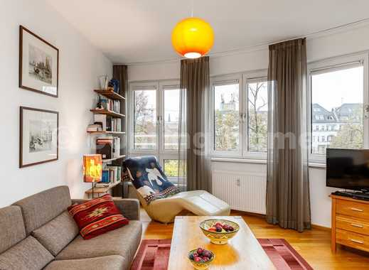 Wohnen am schönen Maybachufer: Modernes lichtdurchflutetes Apartment mit Balkon direkt an der Spree