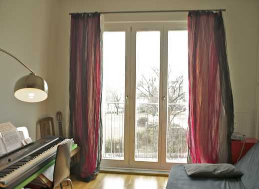 Room in shared appartment in Mitte, Rosenthaler Platz: 1.10.2015