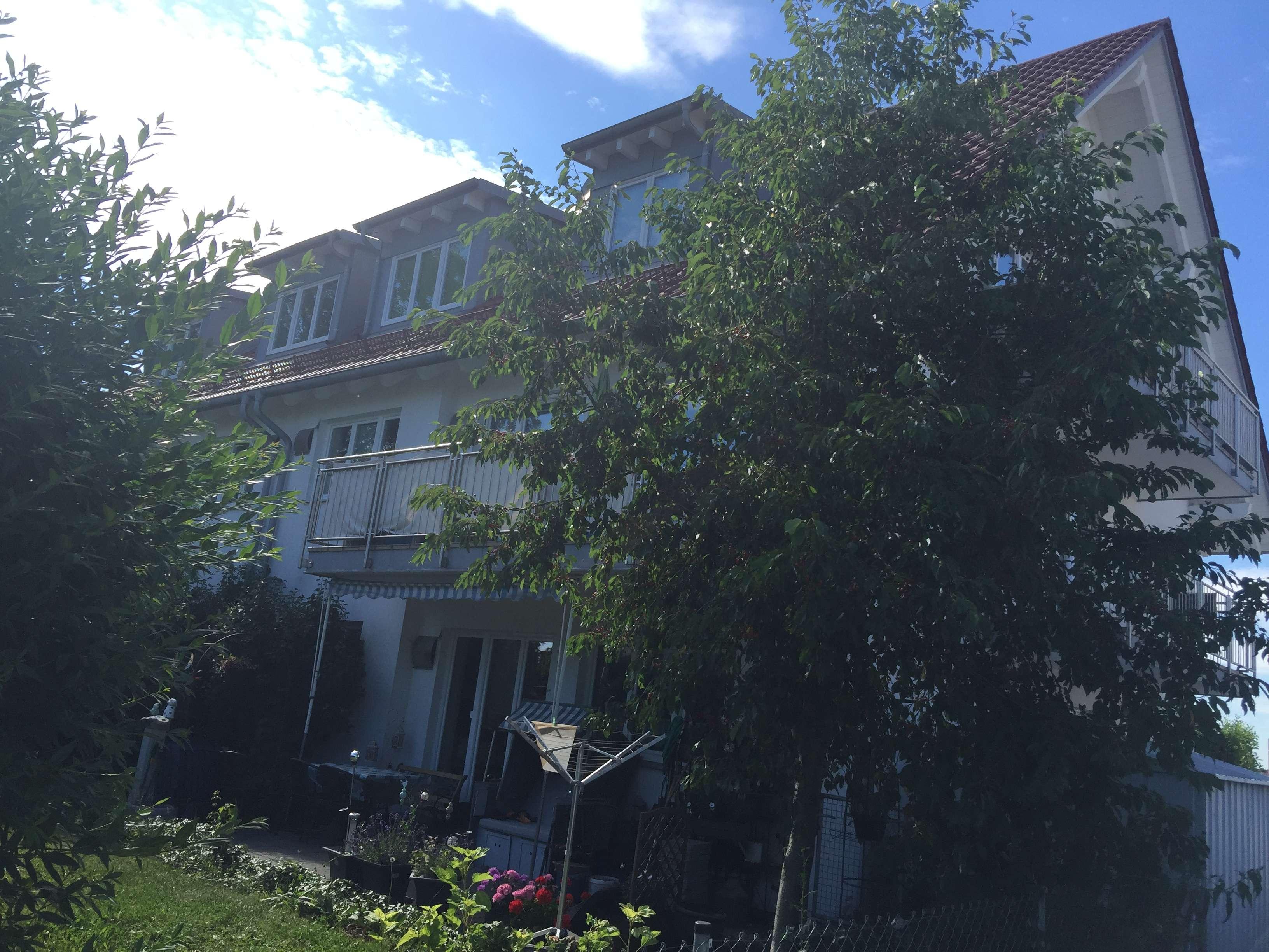 Schöne, geräumige drei Zimmer Wohnung in Freising (Kreis), Hallbergmoos