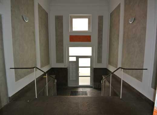 Schöne 4 Zimmer Wohnung mit XXl-Balkon im Herzen von OB-Sterkrade