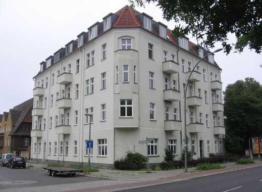 Herrliche 4-Zimmer-Wohnung mit Balkon und Wannenbad