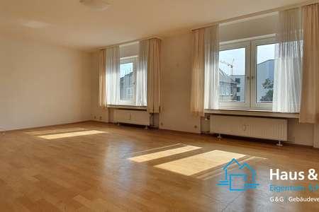 *** große, helle und schöne 4-Zimmer-Wohnung, nähe Ponttor ***