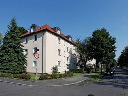 Haenel-Clauß-Straße 17