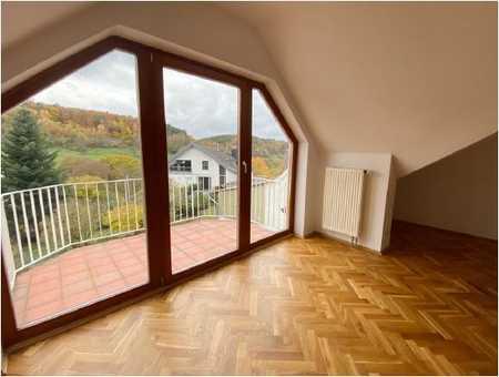 Sehr schöne 3-Zimmer-DG-Wohnung mit gehobener Innenausstattung zur Miete in Haibach - Dörrmorsbach in Haibach (Aschaffenburg)