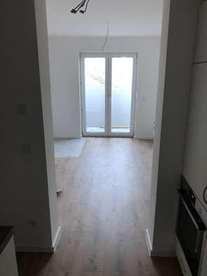 Freundliche, neuwertige 1-Zimmer-Wohnung mit gehobener Innenausstattung in Freising in Freising