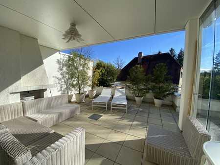 Sonnendurchfluteter Dachterassentraum in Altsolln mit Innen- und Aussenkamin - komplett Möbliert in Solln (München)