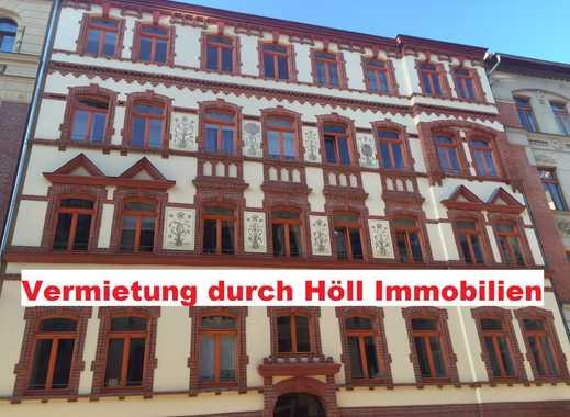 Höll-Immobilien vermietet sehr schöne 3-Raum Wohnung mit Balkon in der Pfälzerstr. 6