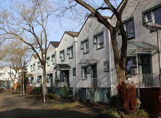 Schönes, geräumiges Haus mit vier Zimmern in Köln, Merkenich
