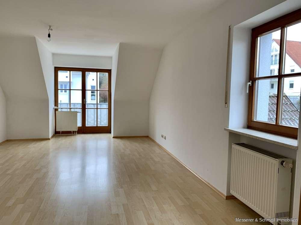SOFORT bezugsbereit!  3 Zi.-Maisonette-Wohnung am sonnigen Moniberg mit EBK, West-Balkon & Garage in Peter u. Paul (Landshut)