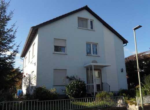 3 Familienhaus in Top-Lage von Friedberg-Stadt !!