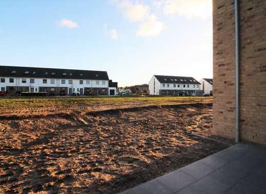 *Erstbezug* helle 4-Zimmer-Maisonettwohnung mit eigenem Eingang und Garten