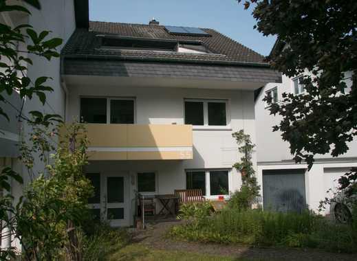 Familienfreundliches Haus mit sieben Zimmern in Bonn, Holzlar