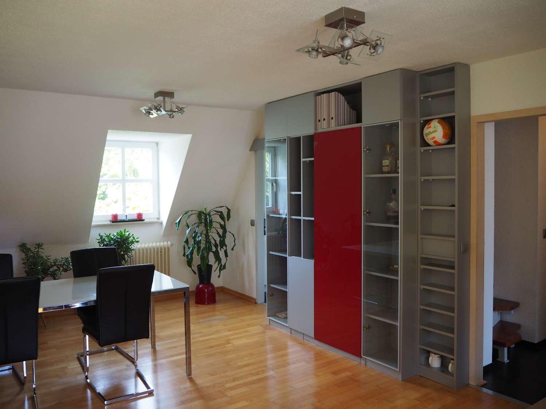 Lichtdurchflutete Maisonette Wohnung in Neutraubling (Gärtnersiedlung) in Neutraubling