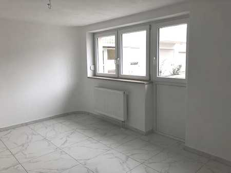 Erstbezug nach Sanierung: 2 Zimmer Wohnung im EG in Obertraubling