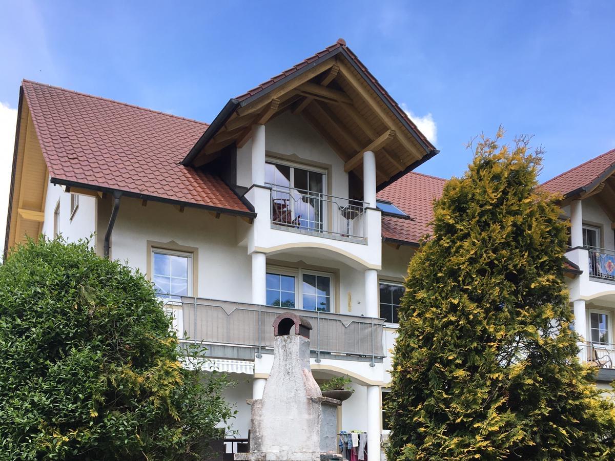 Gepflegte 4-Raum-Wohnung mit Balkon in Rottenburg an der Laaber in
