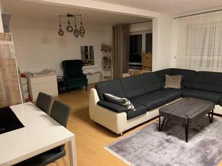 Ruhig gelegene 2-Zi.-Wohnung mit 2 Balkone in Neutraubling in Neutraubling