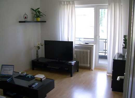 Vollständig renovierte 2-Zimmer-Wohnung mit Balkon in Mönchengladbach