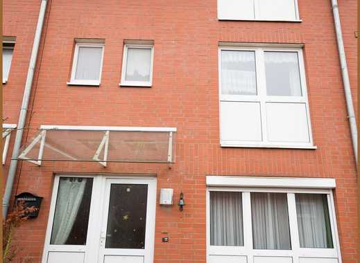 Reihenmittelhaus mit Garten, Balkon und Garage im familienfreundlichen Stadtteil Rethen zu verkaufen