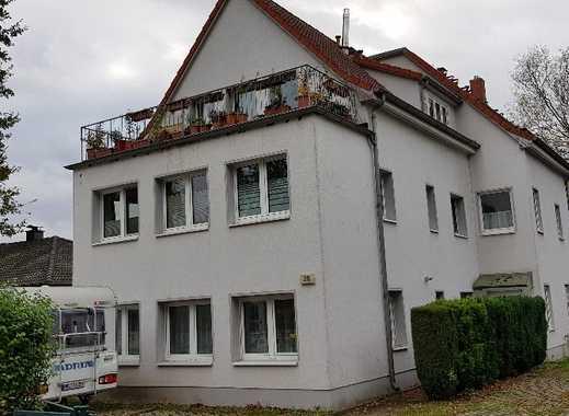 Gepflegte 2-Zimmer-DG-Wohnung mit Terrasse und EBK in Schönwalde