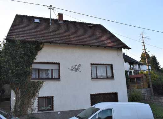 Einfamilienhaus freistehend mit Balkon, Garten und Garage