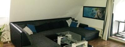 Schön helle 58m² 2-Zimmer-DG-Wohnung mit Wintergarten