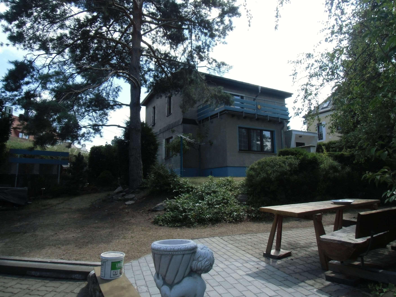 ehemalige Fabrikantenvilla mit großzügigem Garten - Haus zum Kauf in Radebeul