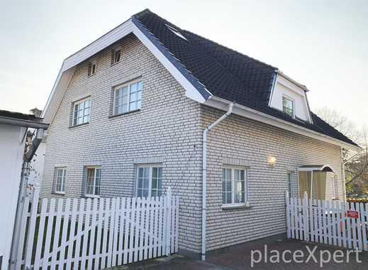Zweifamilienhaus mit zusätzlicher Einliegerwohnung (Villa)