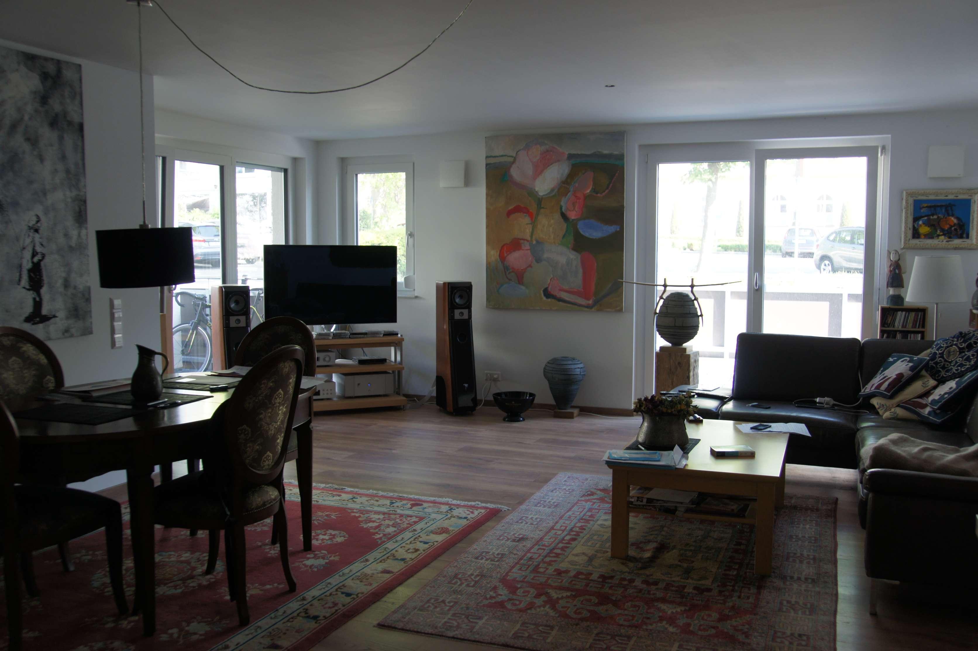 2-Zimmer-Wohnung mit 2 Terrassen und EBK im Herzen von Burgau