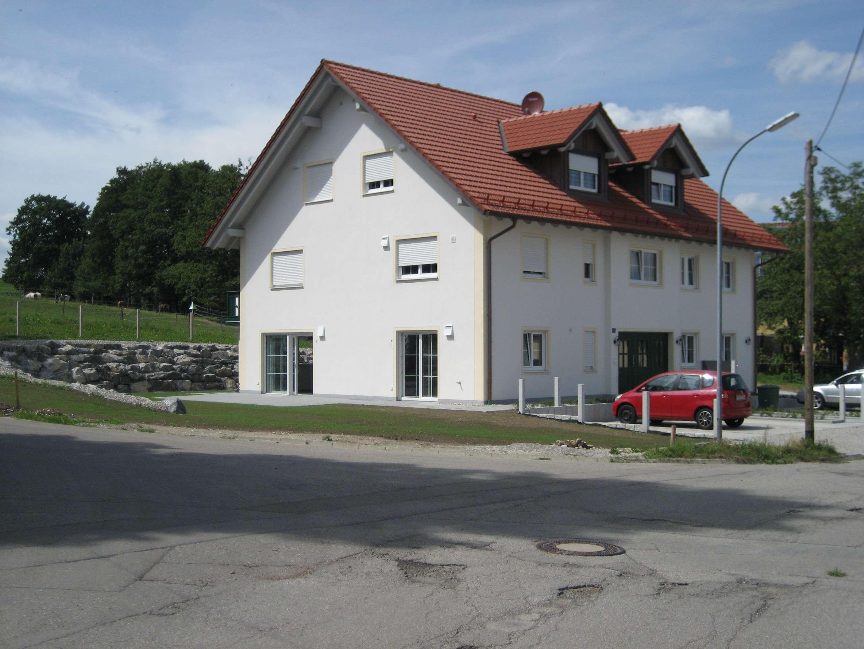 Schöne, geräumige vier Zimmer Wohnung in Pleitmannswang, Gemeinde Türkenfeld