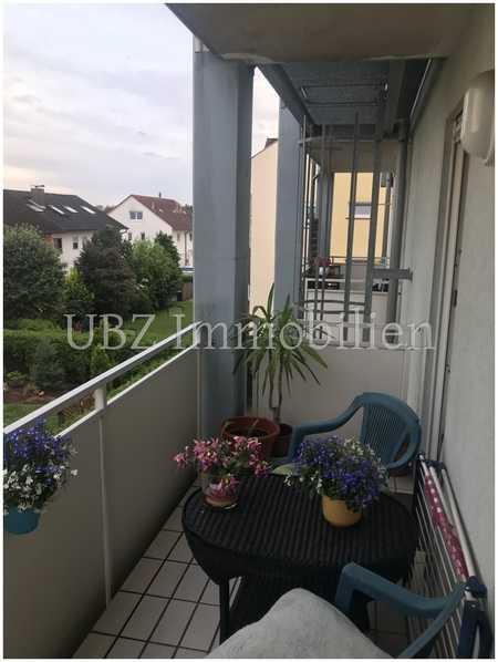 Gemütliche 2 Zimmer Wohnung mit Balkon in Kleinostheim