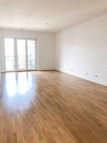 Schöne 4-Zimmer-Wohnung in Au-Haidhausen mit 2 Balkone und Einbauküche in Haidhausen (München)