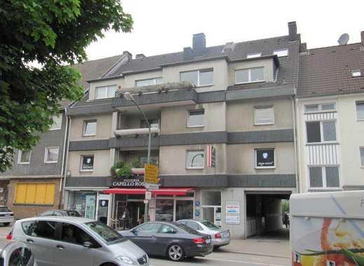 Schöne Wohnung mit Balkon über 2 Etagen