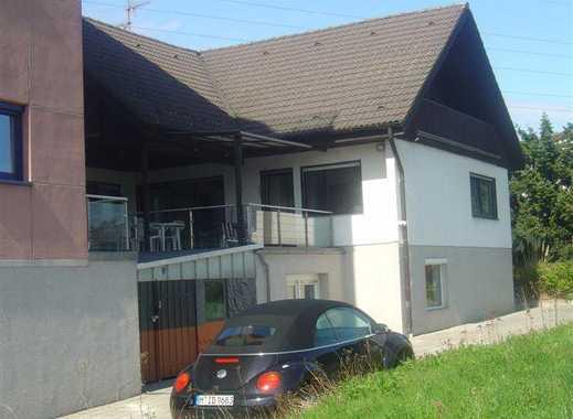 Provisionsfrei! Schöne Dachgeschosswohnung mit 2 Balkonen in Oberursel