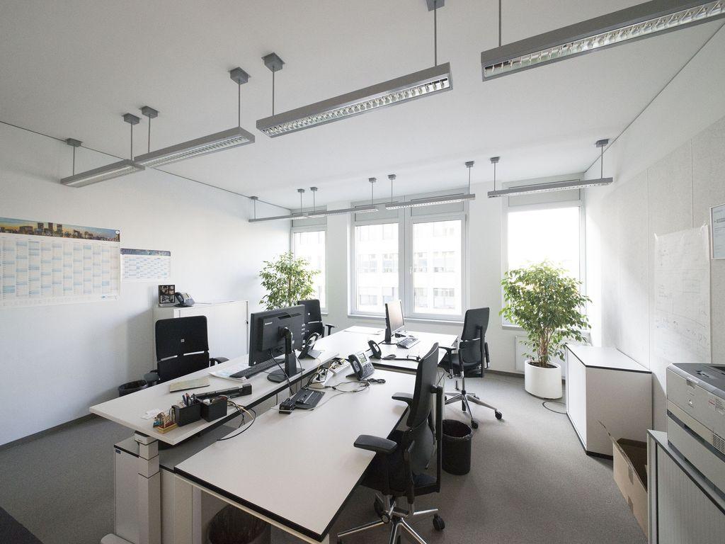 Moderne Büroflächen in Flughafennähe mit guter Verkehrsanbindung und ...