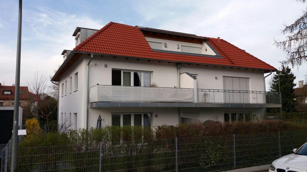Gehobene 2,5 Zi. Wohnung mit großer Terrasse und Süd-West-Gartenanteil in München-Kleinhadern