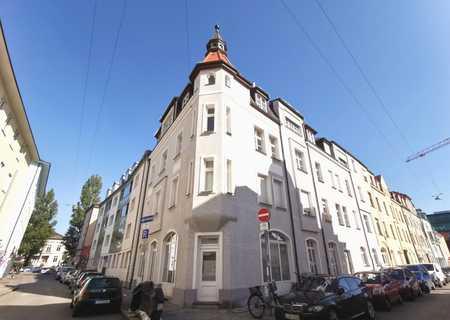 Traumhafte Altbau Wohnung am Englischen Garten und der beliebten Münchner Freiheit in Schwabing (München)
