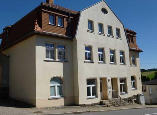 ***helle und freundliche 2- Raum Wohnung im Herzen von Grünhainichen***