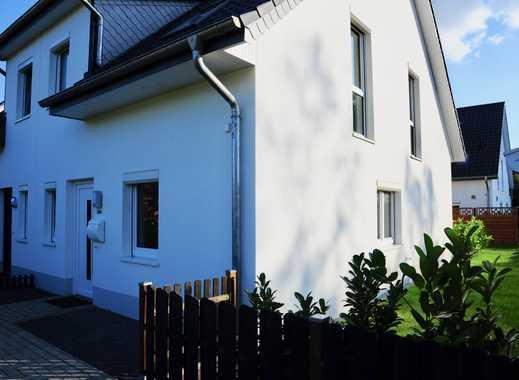 Schöne neue Doppelhaushälfte mit vier Zimmern in Stuhr-Fahrenhorst